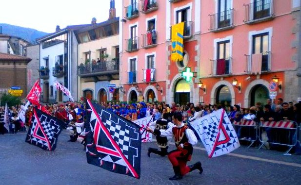 Image result for PALIO DI SAN MARTINO MONTEFORTE IRPINO