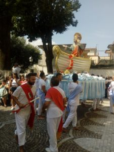 SIRIGNANO. Festa in onore di SantAndrea Apostolo. I battenti. VIDEO