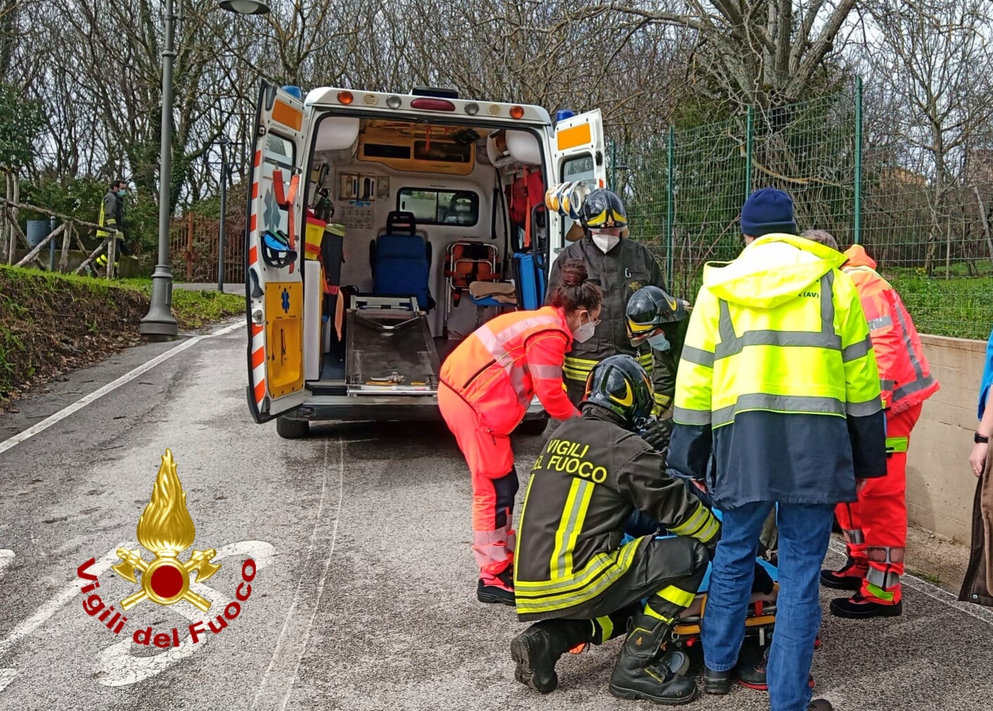 San Potito Ultra (AV). Incidente con l'Apecar, due anziani coniugi feriti
